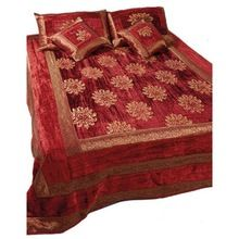 silk Inspired Trendy Bedspreads