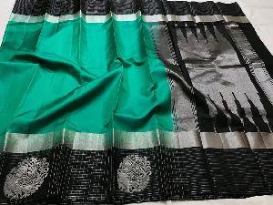 Pure Kanchi Light Weight Gadwal Soft Silk Sarees