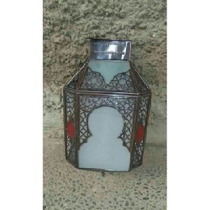 hanging metal lantern centerpiece
