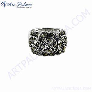 Antique Style Gun Metal Silver Ring