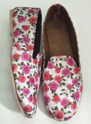 Girls Beautiful Pink Flower Print Belly Shoes