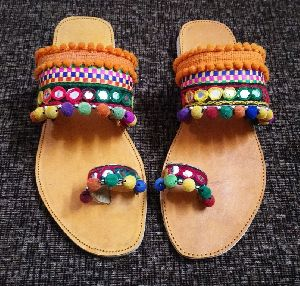 Traditional Footwear For Ladies