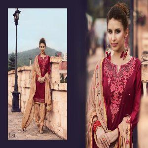 Patiyala Salwar Kameez