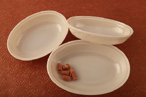French Bow Oval Curry Dish
