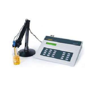 Ph & Conductivity Meter