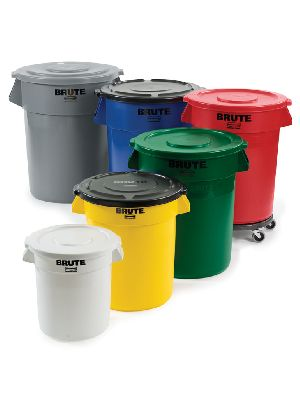 Brute Rubbermaid Containers