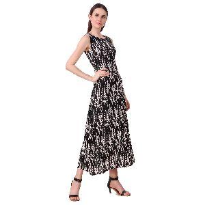Smart-back A-line Black Maxi Dress