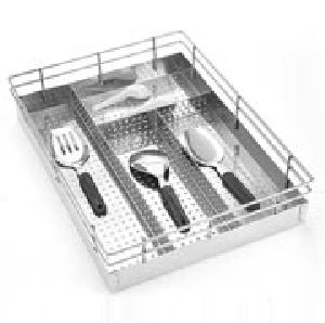 Kitchenware Ss Perforated Cutlery Basket