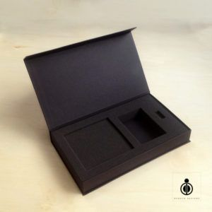 Gift box with rigid body
