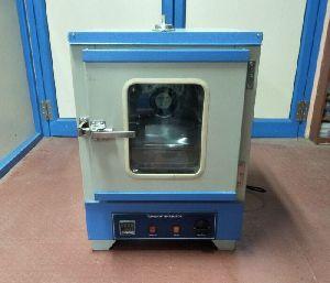 bacterilogical incubator