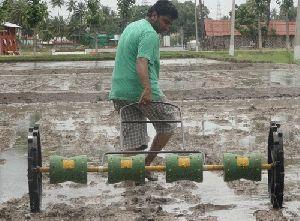 Hand Operated Rice Seeding Machine