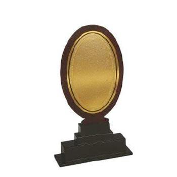Exclusive Wooden Trophies 01