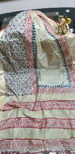 Zari Border Tussar Silk Sarees With Blouse Piece