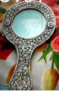 Handicraft Mirror