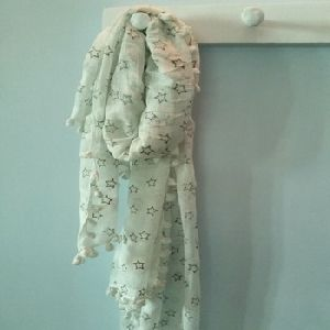 COTTON SCARVES WITH SOFT HAND FEEL
