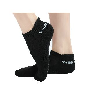 Anti-slip Pvc Dotted Yoga Socks