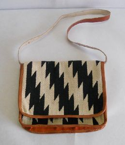 classic design cotton dhurrie hand bag