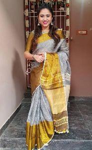 Linen Saree With Golden Zari Border