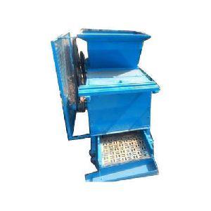 Semi Automatic Garlic Bulb Cutter Machine