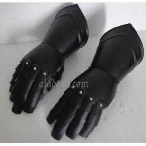 Black Armour Metal Glove