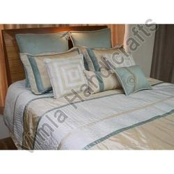 Quilted bed sheets