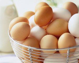 White/brown Eggs