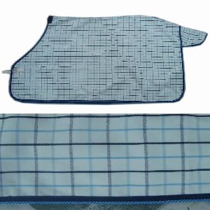 Shower Proof Poly Cotton Summer Rugs With Detachable Hood