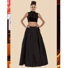 Ladies Skirt And Top