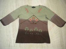 Sleeve Tye & Dye V-neck