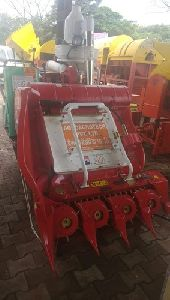 Mini Combined Harvester