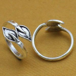 Plain Silver Toe Ring