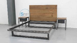 Vintage Industrial Cast Iron Frame Luxurious Bed