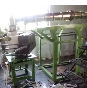 Plastic Bottle And Can Making Machine With Moulds