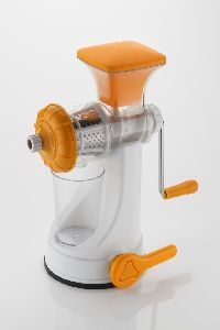 Deluxe Fruit and Vegetable Juicer