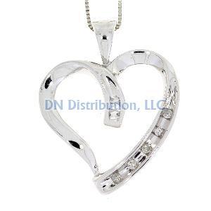 White Gold & Diamond Heart Love Pendant