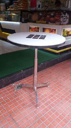 Stainless Steel Standing Table 01