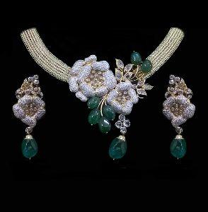 Emerald Pota Diamond Necklace Set