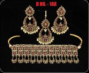 D.No. 188 Imitation Necklace Set