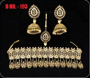 D.No. 193 Imitation Necklace Set