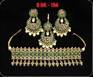 D.No. 194 Imitation Necklace Set