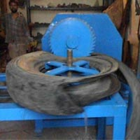 Tyre Cutting Machine