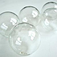 Hollow Bubbles