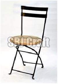 db2e7e35190 Metal Folding Chairs - Manufacturers