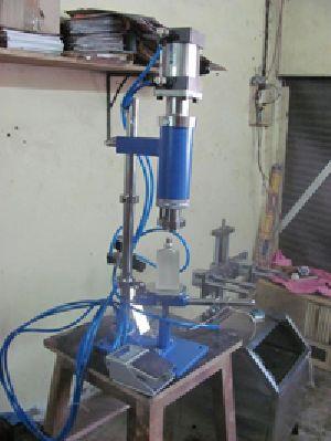 Pneumatic Perfume Crimping Machine