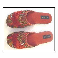 Beaded Footwear -04