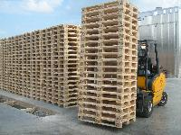 Used Wooden Pallets