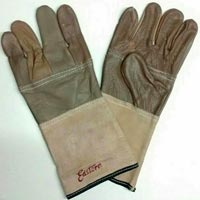 Leather Hand Gloves With Superior Finishing Superior Quality