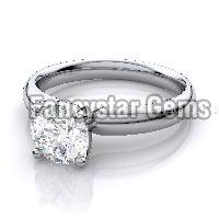 White moissanite solitaire 925 silver ring