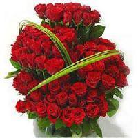 150 Red Rose Basket