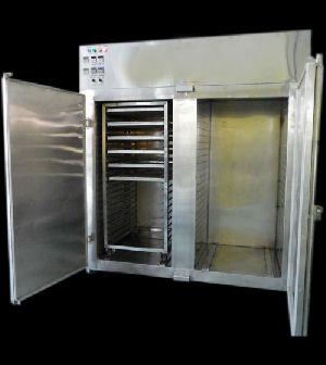 pharmaceutical tray dryer